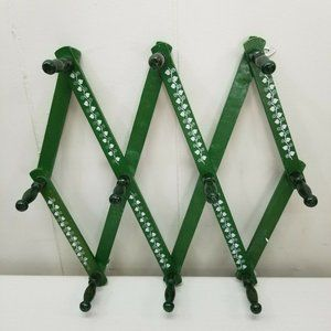 Green Wooden 10 Peg Accordion Expandable Rack